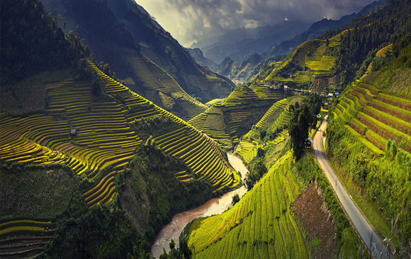 Rice-terraces-in-Mu-Cang-Chai-North-Vietnam-by-Thang-Soi